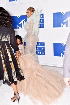 Bey and Blue - 8 Photos of Beyonce and Blue Ivy at the VMAs Just Because