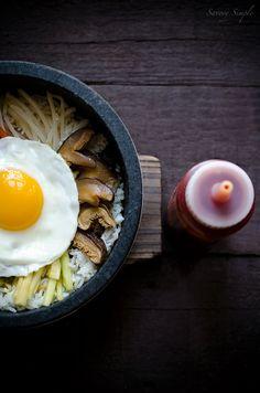 A delicious, easy recipe for making Korean dolsot bibimbap at home! @Jennifer Farley | Savory Simple