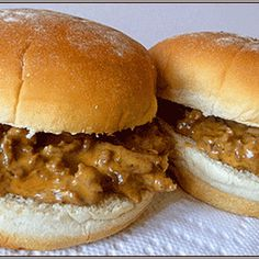 Crockpot Cheeseburgers, left cheese out and put sliced cheese on finished sandwich Slow Cooker Recipes, Crockpot Recipes, Cooking Recipes, Hamburger Recipes, Steak Recipes, I Love Food, Good Food, Yummy Food, Delicious Recipes