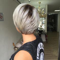 """108 Likes, 14 Comments - Blessed Hair Spa (@jeffersonbolina) on Instagram: """"Curtinho do poder💪🏻!! Atitude e o sobre nome dela!!! Estamos em transformação com esse cabelo ,…"""""""