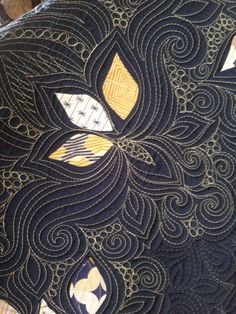 Laurel quilt and fabric by Angela Walters   Quilting Is My Therapy