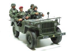 "Formative Int'l M38 Military Jeep & 4 GI Joe HASBRO 12"" Military Action Figures"