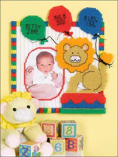 Plastic Canvas - Patterns for Children & Babies - Gift Patterns - Baby Leo Birthday Frame