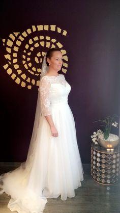 Girls Dresses, Flower Girl Dresses, Stylists, Wedding Dresses, Fashion, Dresses Of Girls, Bride Dresses, Moda, Bridal Gowns