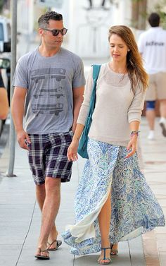Jessica Alba wearing Zadig & Voltaire Margia sandals in Azur