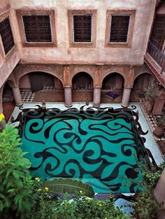 The 25 Coolest Outdoor Pools In The World | The Vivant