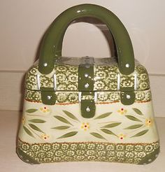 Google Image Result for http://i.ebayimg.com/t/TEMPTATIONS-OLD-WORLD-GREEN-PURSE-COOKIE-JAR-NEW-PACKAGE-/00/s/MTYwMFgxNTM0/%24T2eC16NHJFoE9nh6nPk5BP5wruOYzg~~60_35.JPG