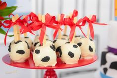 toy-story-birthday-party-ideas-via-little-wish-parties-childrens-party-blog-candy-apples