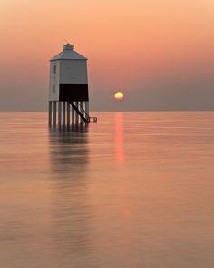 Burnham-on-Sea Lighthouse by peterspencer49, via Flickr