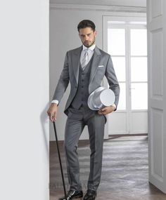 2015 Gentleman Grey Mens Suits Peaked Lapel Tuxedos One Button Mens Wedding Suits Cheap Grooms Suits Three Piece SuitJacket+Pants+Tie+Vest Formal Wear Mens Suit From Anniesbridal, $110.04| Dhgate.Com