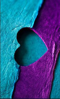 Objects of My Adoration: Photo Turquoise And Purple, Purple Love, All Things Purple, Dark Purple, Aqua Blue, Heart Wallpaper, Love Wallpaper, Cellphone Wallpaper, Iphone Wallpaper