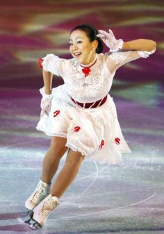 Mao Asada, White Figure Skating / Ice Skating dress inspiration for Sk8 Gr8 Designs.
