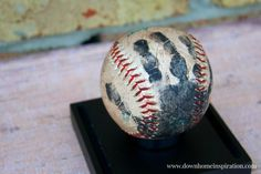 The best part of this handprint baseball craft from A Downhome Inspiration is that you can either distress a new ball or toss a few with Dad and then immortalize the fun times. #diy #fathersday