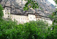 Sümela Manastırı, Trabzon Louvre, Mansions, House Styles, Building, Nature, Travel, Home Decor, Naturaleza, Viajes