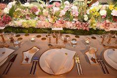 La principessa Victoria di Svezia alla cena di gala che ha seguito la premiazione dei Nobel che si è svolta tra Oslo e Stoccolma. Nella capitale svedese s è svolta la tradizionale cena di gala a cui hanno partecipato i premi Nobel, i reali e decine di invitati illustri. I media internazionali hanno sottolineato lo sfarzo dell'evento e dei gioielli indossati dalle donne famiglia reale svedese (Getty)