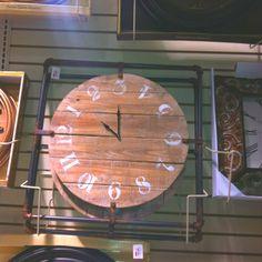 Idea for DIY pallet clock