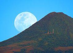 マリンディグ山