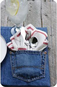 Como reaproveitar calça jeans - Lugar americano. http://www.bananacraft.com/blog/reciclagem/2012/02/20/12-maneiras-de-reaproveitar-calas-jeans-velhas/
