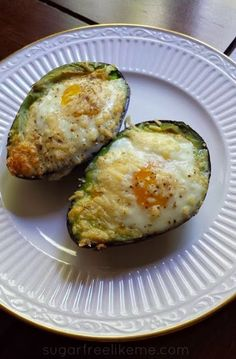 Baked Eggs in an Avocado shared on https://facebook.com/lowcarbzen