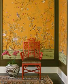 New York Interior designer Laurel Bern shares her love of the classic style of Chinoiserie Chic decorating- wallpaper, porcelains, accessories, furniture