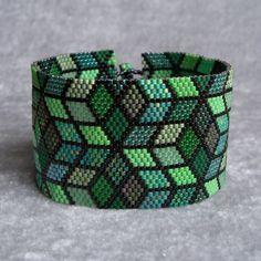 Green Mosaic Bracelet Pattern Peyote Pattern von CreativeGoods