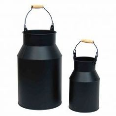 A set of onyx milk cans. Milk Cans, Black Metal, Raven, Home Accessories, Water Bottle, Canning, Stylish, Christmas Cards, Design Ideas