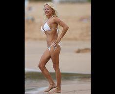 The Playboy bombshell returns: Pamela Anderson st trailer