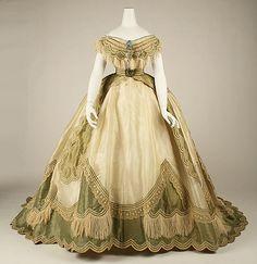 História da Moda, História do Vestuário, Moda Histórica, Reprodução de Traje, Figurino, Revivalismo Histórico.