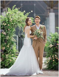 스타 예비부부 송재희·지소연 커플의 제주에서 펼쳐진 웨딩 신 3 Wedding Dresses, Fashion, Bride Dresses, Moda, Bridal Gowns, Fashion Styles, Weeding Dresses, Wedding Dressses, Bridal Dresses