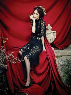 Lee Yeon Hee - Vogue Magazine September Issue 13