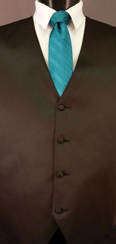 Oasis Cravat Striped Tie by LarrBrio