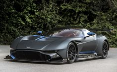 Aston Martin Vulcan: Exclusive pictures