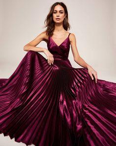 b3a871d751364 2081 Best Pleated Dresses images | Dresses, Fashion, Strapless dress ...
