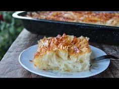 Αυτή η πατσαβουρόπιτα είναι από τις καλύτερες και πιο εντυπωσιακές που έχετε δοκιμάσει ποτέ! Θα δείτε και σε βίντεο την εκτέλεση της και η επιτυχία θα Greek Sweets, Greek Desserts, Greek Recipes, Pastry Design, Greek Cooking, Happy Foods, Few Ingredients, Macaroni And Cheese, Deserts