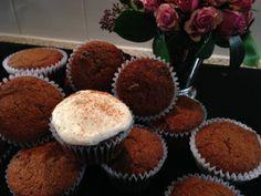 Applesauce Raisin Cupcakes