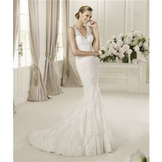 Sexy Slim Mermaid Deep V Neck Vintage Lace Wedding Dress