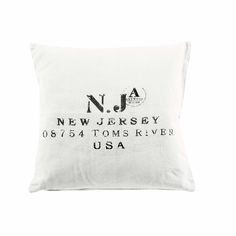 Newtown Square Off-white Cushion Material: Fabric Cover Colour: Off-white with Wording Size: 50cm x 50cm Continue reading →