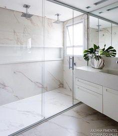 Banheiro clean e sofisticado em porcelanato! Bathroom Layout, Bathroom Interior Design, Modern Bathroom, Small Bathroom, Bathroom Designs, Bad Inspiration, Bathroom Inspiration, Best Decor, Bathroom Wallpaper