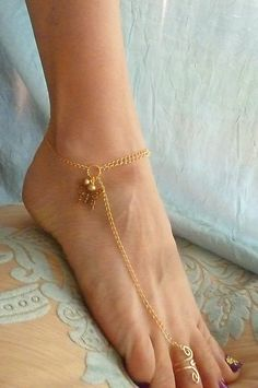Anklet Sandals in 14k Gold Filled Gold Butterfly and freshwater pearls