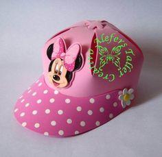 Moldes foamy gorras de Mickey Mouse - Imagui Minnie Mouse Party, Mickey Minnie Mouse, Foam Crafts, Diy And Crafts, Diy For Kids, Crafts For Kids, Mickey Birthday, Birthday Stuff, Minion Party