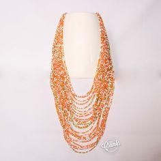 Collana perline. Disponibile su richiesta anche in altri colori. Codice acquisto # N15