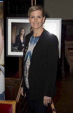 Sophie Wessex meets Downton Abbey cast - Photo 3   Celebrity news in hellomagazine.com