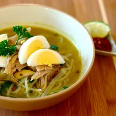 Soto Ayam Ambengan (Indonesian Chicken Noodle Soup)