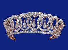 vladimir tiara with pearls
