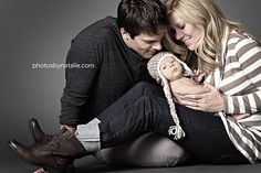 Great family pose for newborn. Flattering for mom & allows everyone to get in nice & close.