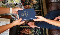 5 Escrituras que você precisa ler hoje! Veja em: http://mormonsud.net/livro-de-mormon/livro-de-mormon-que-voce-precisa-ler/