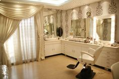 Home Salon! LOVE it! I need this
