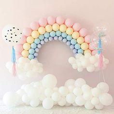 Rainbow Party Decorations, Birthday Balloon Decorations, Baby Shower Decorations, Balloons For Birthday, Baby Shower Balloon Decorations, Birthday Garland, Rainbow First Birthday, Unicorn Birthday Parties, 1st Birthday Girls