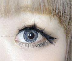 3-tone circle contacts that perfectly blend light and dark colors to create contrastingly beautiful natural, Japanese-inspired, model-like, and charmingly sweet effects. Shop now with FREE shipping! #eyecandys #3-tone #coloredcontacts #circlelens #coloredlens #kawaii