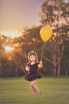 Imagine Portrait Photography specialises in family and children's photography services in the Perth Hills and surrounds.